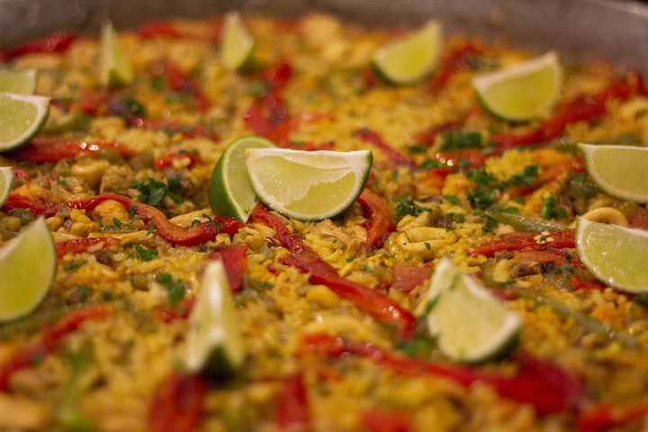 Feeling Peckish? The Components Of The Best Paella In Sydney
